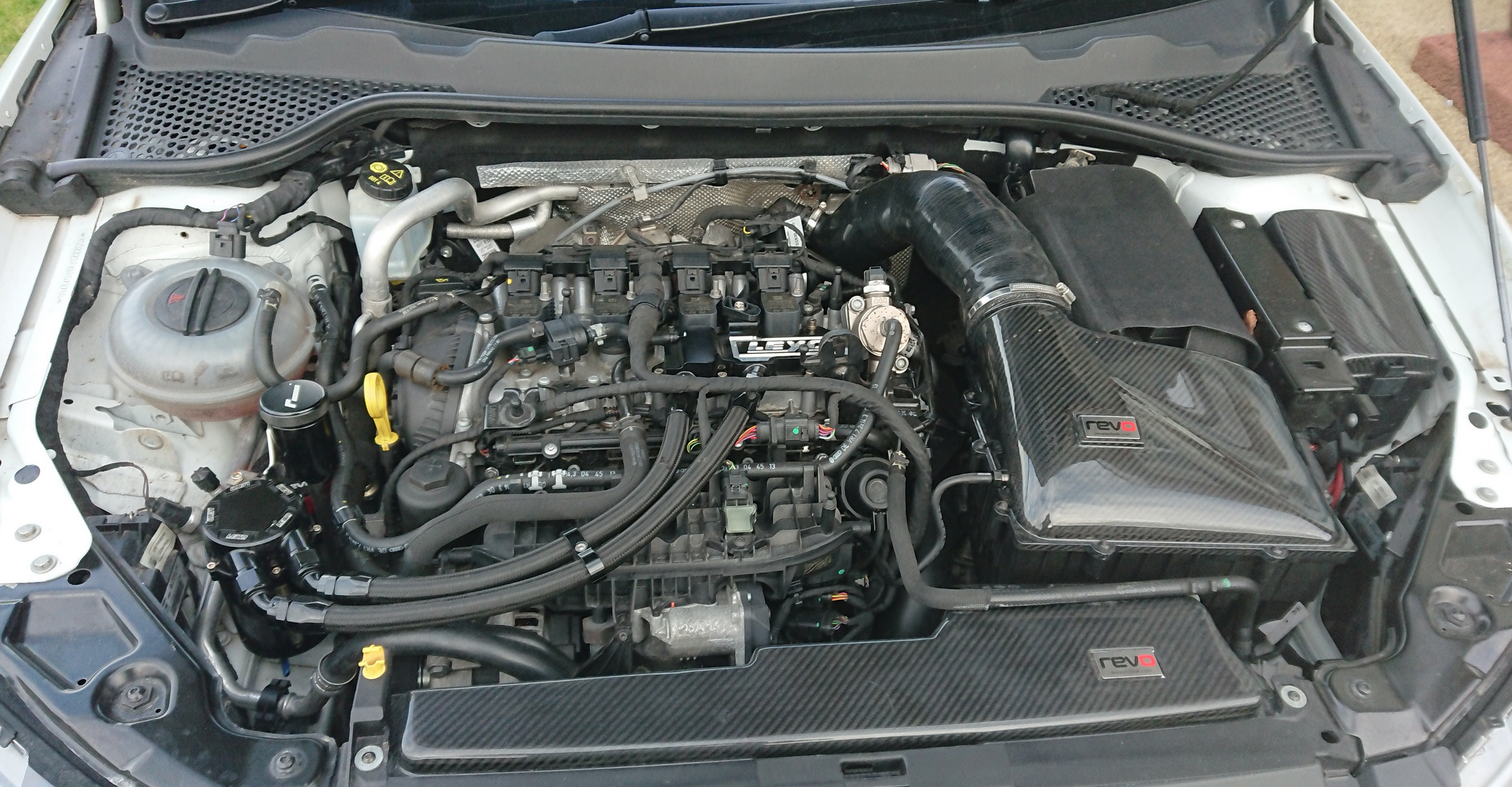 A car engine  Description automatically generated